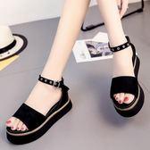 厚底涼鞋 坡跟一字扣帶夏季新款韓版時尚露趾百搭 DN7607【VIKI菈菈】