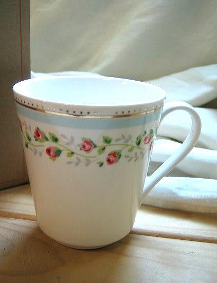 *禎的家* 英國名牌 Cath Kidston 經典馬克杯~ 玫瑰小花~全新上市
