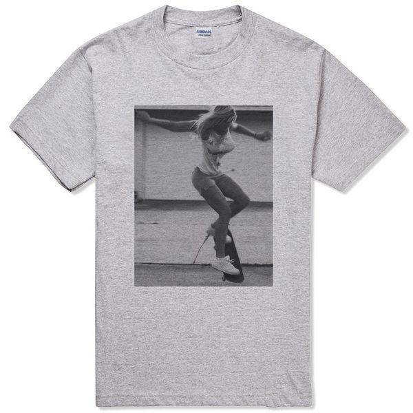 Sexy Skate Girl短袖T恤-2色 性感裸女滑板人物音樂吉他相片BMX punk特價390 gildan