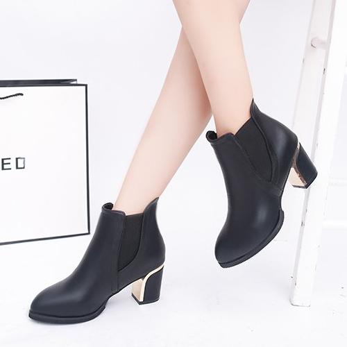 靴子.歐美俐落百搭皮革拼接金屬高跟短靴.白鳥麗子