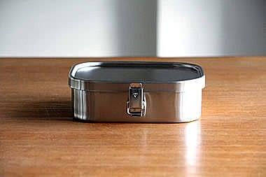 房AIZAWA 不銹鋼便當盒 角型環扣款-670ml-M