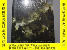 二手書博民逛書店英文原版:Battles罕見Of The Ancient Wor