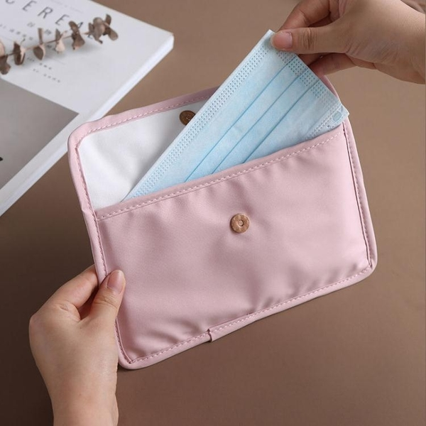 口罩盒收納袋口罩收納神器收納盒便攜兒童學生可折疊收納夾盒子袋 快速出貨