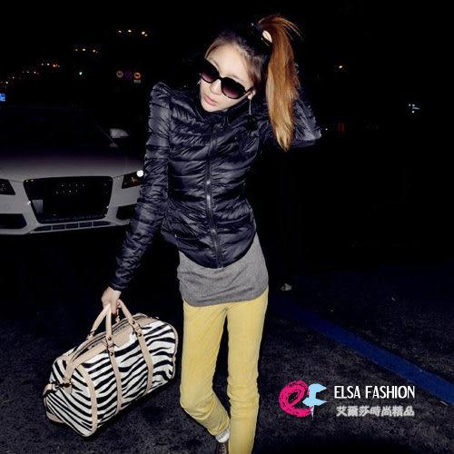 *艾爾莎*【TAS8738】冬季焦點雙C圖樣高領口袋外套