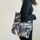 帆布包包女斜挎ins日系大容量單肩簡約百搭手提袋子惡搞生日禮物 - 風尚3C