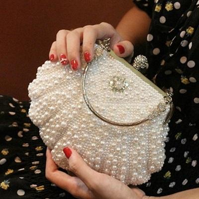 珍珠晚宴包-精美貝殼水鑽宴會女手拿鏈條包2色71as4[巴黎精品]