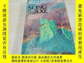 二手書博民逛書店THE罕見SONG OF THE AXE(斧頭之歌)(英文)Y2