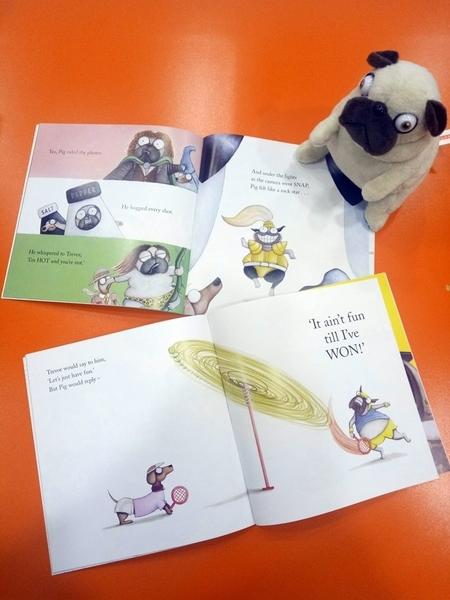 【超值下殺品】PIG THE PUG GIFT SET /4書+CD+玩偶 《巴戈狗豬豬》(全世界最可愛的負面教材!)