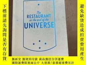 二手書博民逛書店The罕見restaurant at the end of the universeY366058