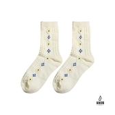 襪子女中筒襪麻花螺紋米色秋冬素色日系可愛純棉堆堆襪【愛物及屋】