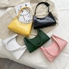 特賣 上新小眾流行腋下包包女日系新款潮時尚鱷魚紋同款百搭單肩法棍包