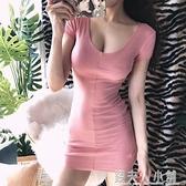 甜美低胸材低胸大V領女款氣質女神超短性感洋裝 錢夫人小鋪