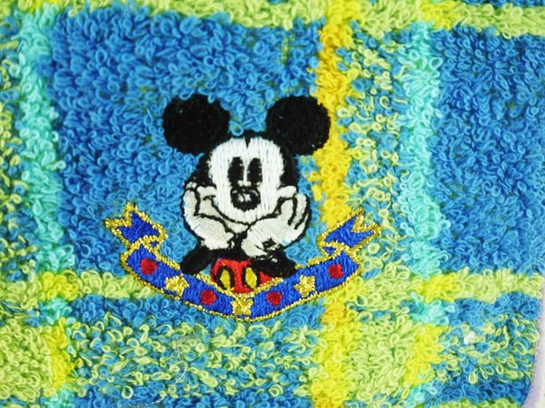 【震撼精品百貨】Micky Mouse_米奇/米妮 ~小方巾-藍格子