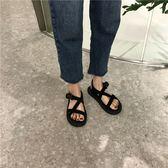 夏季百搭絨面涼鞋女學生休閒個性交叉綁帶套腳露趾平底鞋羅馬鞋 奇思妙想屋