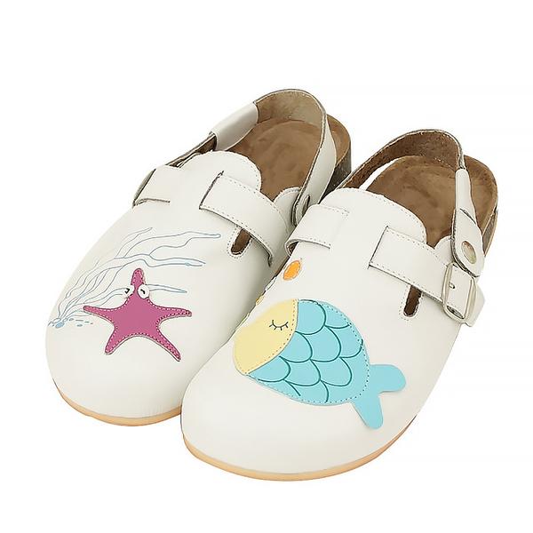 【Jingle】我的海洋寶貝前包後空軟木休閒鞋(經典白大人款)