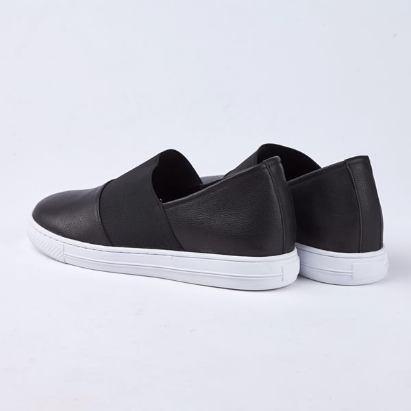 kadia.懶人鞋-拼接素面牛皮休閒鞋(8524-90黑色)