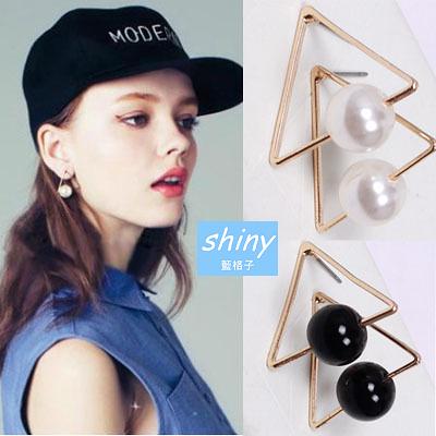 【30A91】shiny藍格子-輕鬆搭配.時尚百搭個性三角珍珠耳環