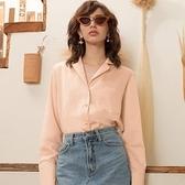 【南紡購物中心】《D Fina 時尚女裝》 OL簡約慵懶 西裝領杏色百搭襯衫