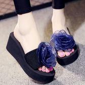 甜美外穿花朵海邊沙灘拖鞋女時尚厚底楔形厚底一字拖高跟涼拖鞋   可然精品鞋櫃