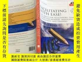 二手書博民逛書店Facilitating罕見with Ease!, with CD: Core Skills for Facili