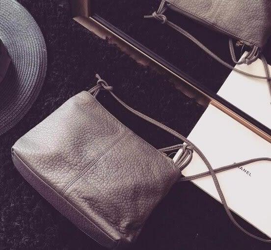 【Miss 小Q】韓國 羊皮 真皮 小方包 小包 側背包 女包 小女包 手拿包 KOREA 軟皮包