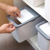 加大號20斤塑料防蟲米箱防潮米桶家用廚房米面收納箱裝面粉儲米箱igo   蜜拉貝爾