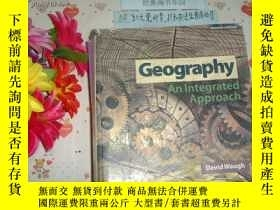 二手書博民逛書店英文原版《geography罕見-an integrated a