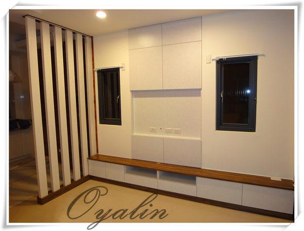【歐雅系統家具】格柵結合電視矮櫃