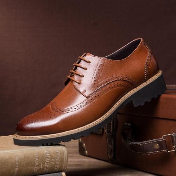 正裝皮鞋 商務男鞋子 夏季布洛克男鞋秋冬英倫休閒商務男士尖頭婚鞋男皮鞋《印象精品》q1612