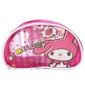 〔小禮堂〕美樂蒂 半圓防水透明拉鍊筆袋《粉.想草莓》化妝包.收納包.鉛筆盒 4713791-84480