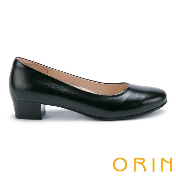 ORIN 釋放久站上班族的壓迫感 柔軟羊皮粗低跟鞋-黑色