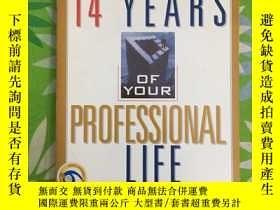 二手書博民逛書店Critical罕見14 Yrs of your Profess