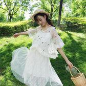 新品夏季全館免運女裝小清新甜美刺繡花朵上衣 中長版蕾絲吊帶連衣裙