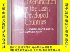 二手書博民逛書店原版英文書《Trade罕見Diversification in