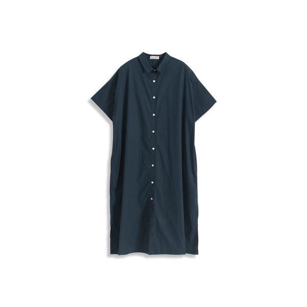 Queen Shop【01084673】基本素色排釦造型長板襯衫洋裝 兩色售*現+預*