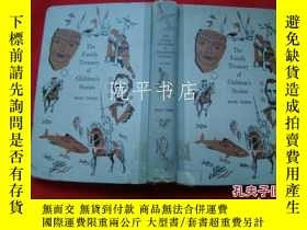 二手書博民逛書店The罕見family treasury of Ghildren