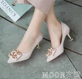 紅色婚鞋女細跟高跟鞋秀禾龍鳳鞋中式方扣結婚鞋子新娘鞋中跟 moon衣櫥