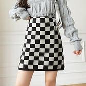 棋盤格半身裙女修身包臀a字短裙秋冬季新款格子彈力針織半裙H331快時尚
