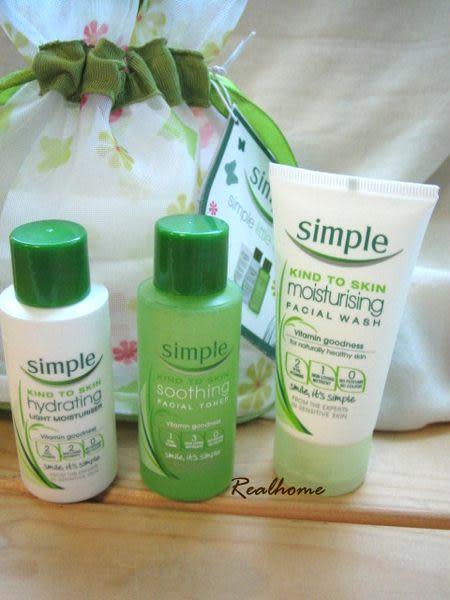 *禎的家* 英國品牌 SIMPLE (就是簡單)* 臉部基礎保養 三件 限量荷包組~旅用好方便