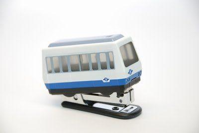Q版小火車文具【VAL256型電聯車釘書機】