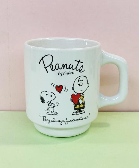 【震撼精品百貨】史奴比Peanuts Snoopy ~SNOOPY馬克杯-心#31505