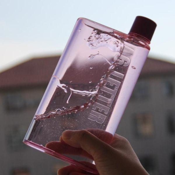 創意筆記本紙張水瓶書本運動水壺A6便攜式扁平塑料學生個性水杯子
