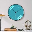 北歐個性創意鐘表掛牆家用臥室靜音時鐘掛鐘客廳時尚現代簡約掛表 果果輕時尚