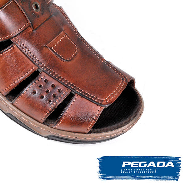 【PEGADA】巴西名品真皮休閒涼鞋  深咖啡(132202-DBR)