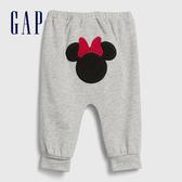Gap嬰兒 Gap x Disney 迪士尼系列刺繡鬆緊休閒褲 616331-淺灰色