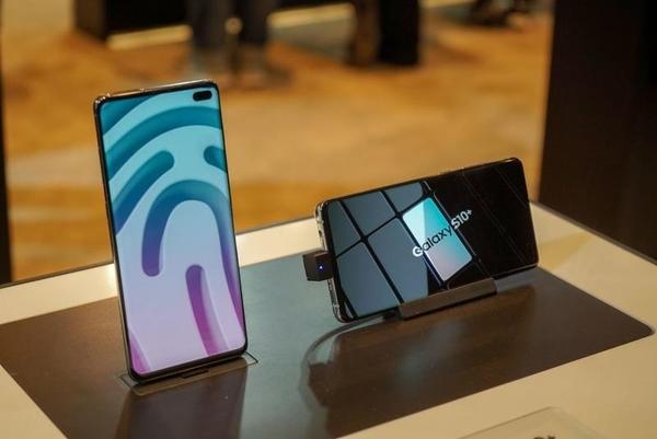 全新僅拆封 Samsung/三星S10+ 8G/128G SM-G975F/DS 雙卡雙待 超長保固 保證品質 可分期 免運費