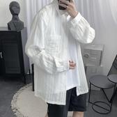 (快出)夏季韓版長袖襯衫褶皺細條紋防曬衣潮男寬鬆薄款外套