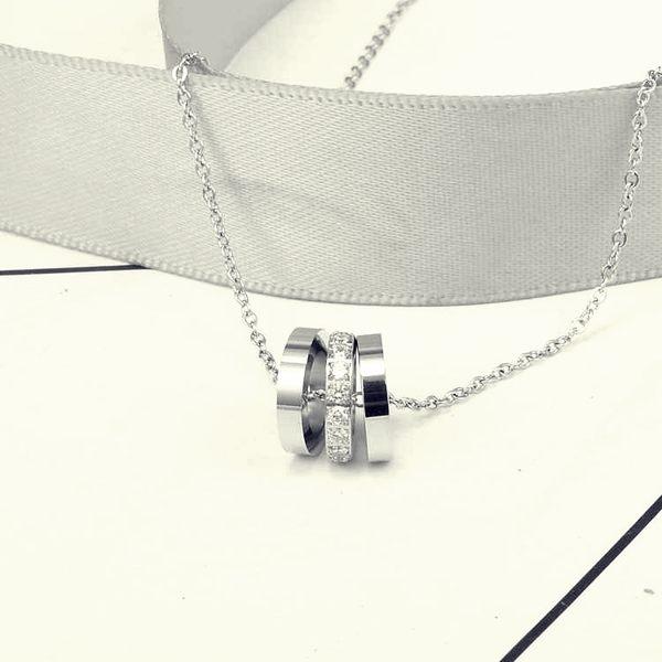 316L醫療鋼 LOVE系列螺絲紋 圓筒圓柱 白水晶 鎖骨項鍊-銀 防抗過敏 不退色
