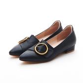 MICHELLE PARK 高質感迷人簡約顯瘦尖頭圓扣羊皮平底鞋-藍黑