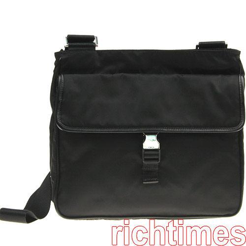 【裕代 PRADA】黑色尼龍前扣斜背包 PD0A4301-1